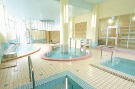 湯元ならではの温泉を楽しめる大浴場