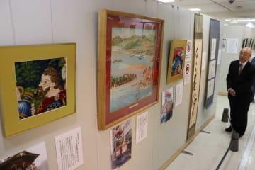 祇園祭の懸装品の試作品が並ぶ展示(京都市下京区・京都高島屋)