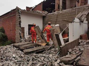 四川省威遠県の地震 1人死亡、29人負傷