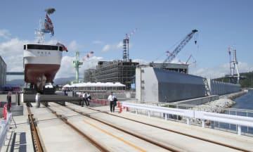 新工場が完成した「みらい造船」=8日午後、宮城県気仙沼市