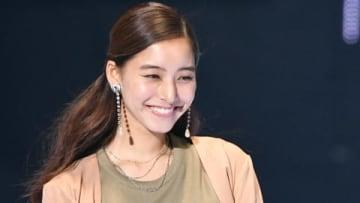 「マイナビ presents 第29回 東京ガールズコレクション 2019 AUTUMN/WINTER」に登場した新木優子さん