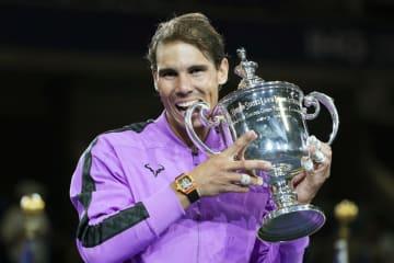 男子シングルスで優勝したラファエル・ナダル=ニューヨーク(共同)