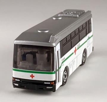 抽選でプレゼントされる献血バスのミニカー