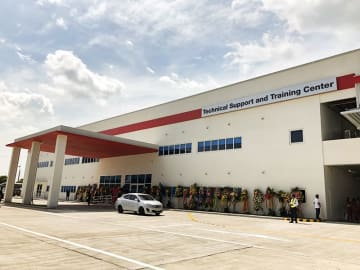 Hino Motors Philippines Corp., Hino Motors Ltd.'s local arm, unveils Technical Support and Training Center, an after-sales service base, in Calamba in the southern province of Laguna on Sept. 5, 2019, aiming to improve customer confidence and help bo