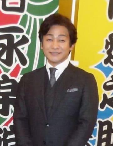 「芝居の原点である楽しい芝居を」と話す片岡愛之助=大阪市内のホテル