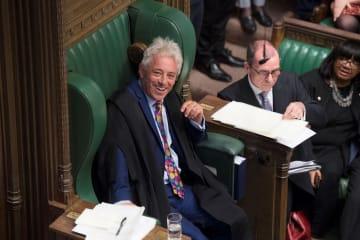 9日、英下院で声明を発表したバーカウ議長=ロンドン(ロイター=共同)