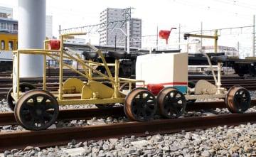近江鉄道から笹田さんに譲渡された「軌道自転車」(滋賀県彦根市内)=笹田さん提供