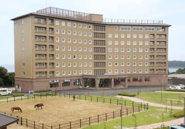 リゾートタイプのホテルとして開業した東横イン対馬比田勝=対馬市上対馬町西泊