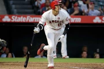 本拠地でのインディアンス戦で18号本塁打を放ったエンゼルス・大谷翔平【写真:AP】