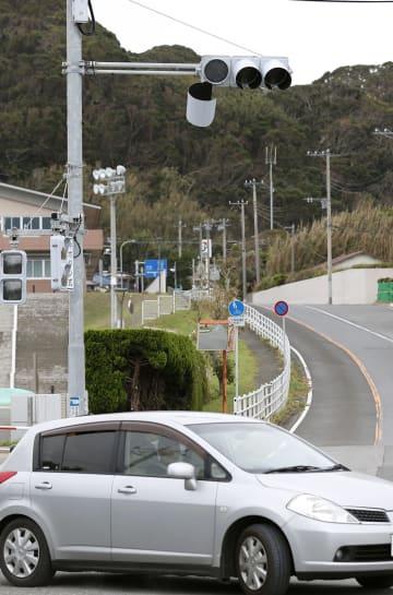 台風15号の影響による停電で、点灯しない信号機=13日午後、千葉県南房総市