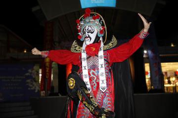 中国重慶三峡芸術団、フィジーのナンディで公演