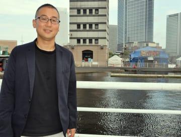「3作をきっちり見届けてもらえるとうれしい」と話す中野さん =横浜市西区