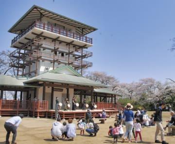 生田緑地「ピクニックコンサート」枡形展望台の新舞台で!マルシェやワークショップも