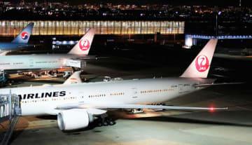 JALは閑散期の10~12月に成田空港を発着するホーチミン便とジャカルタ便を減便する(NNA撮影)