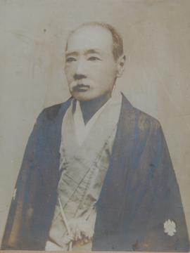 三木三郎の肖像写真(かすみがうら市歴史博物館提供)