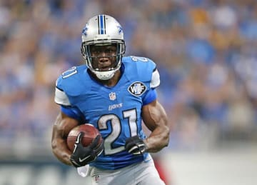 Reggie Bush Visiting Bills, Expected to Sign