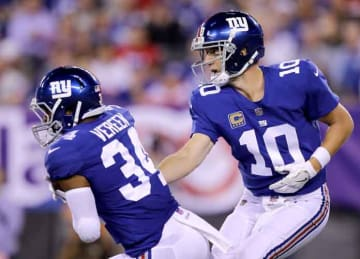 Eli Manning struggles in Giants' 24-10 loss to Lions