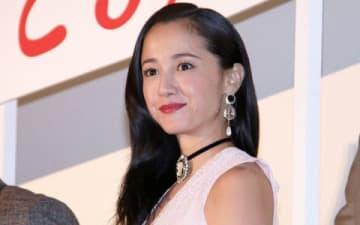 映画「人間失格 太宰治と3人の女たち」の公開記念舞台あいさつに登壇した沢尻エリカさん