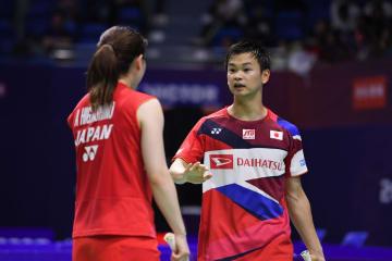 中国の何済霆・杜玥組、日本の渡辺・東野組に敗れる バド中国OP