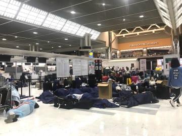2019年9月9日深夜過ぎの成田空港。(c) Kasumi Abe