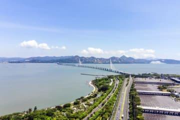 A border bridge connecting Hong Kong and Shenzhen. (Image credit: Bigstock/Askarim)