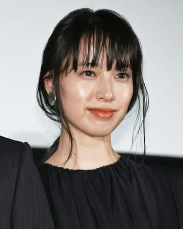 映画「最初の晩餐」の完成披露上映会に登場した戸田恵梨香さん