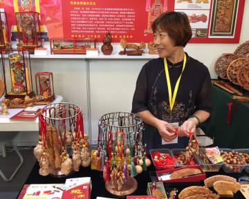 中国の老舗大集合 第13回中華老舗博覧会開幕 上海