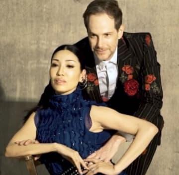 アンミカ、夫と行った『VOGUE Taiwan』の撮影風景を公開「結局、ノロケかい!笑笑」