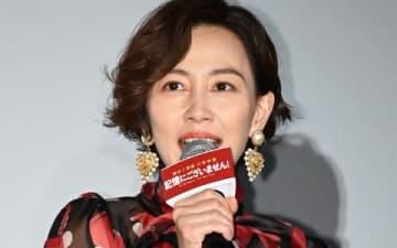 映画「記憶にございません!」の初日舞台あいさつに登場した木村佳乃さん