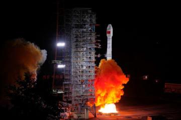中国の測位衛星「北斗3号」、47、48基目の衛星を同時打ち上げ