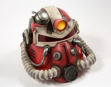 『Fallout 76』実物大パワーアーマーヘルメットの海外小売店版がリコール、理由は「カビ発生の可能性」