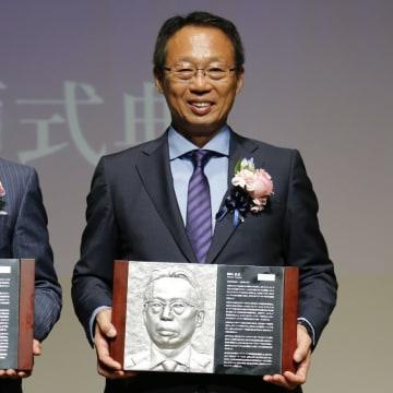 9月10日JFAハウスで行われた日本サッカー殿堂の第16回掲額式典での岡田武史氏