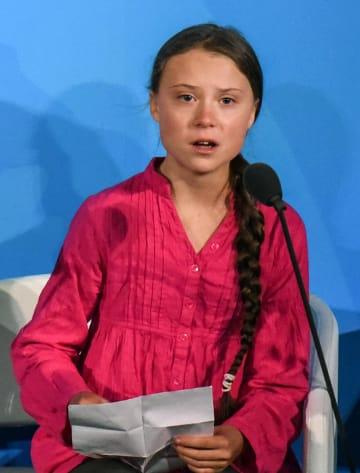 23日、国連の「気候行動サミット」で話すグレタ・トゥンベリさん=米ニューヨーク(ゲッティ=共同)