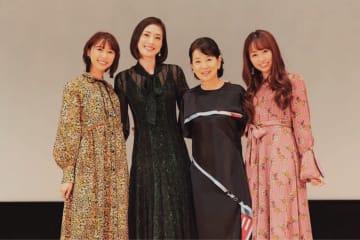 ももクロ 玉井詩織、佐々木彩夏[イベントレポート]「吉永さんと天海さんに、私たちの曲を覚えて、踊って、口ずさんでいただきました」