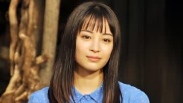 NHK連続テレビ小説のヒロインバトンタッチセレモニーに出席した広瀬すずさん