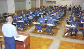 現地教育訓練に参集した消防団員ら