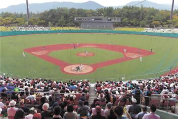 イースタンリーグの楽天―日ハム戦が行われたあづま球場