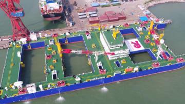 世界初の沈埋トンネル建設専用船が引き渡し 広東省広州市