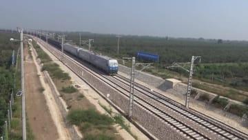 空から見た中国エネルギー輸送の新ルート 浩吉鉄道