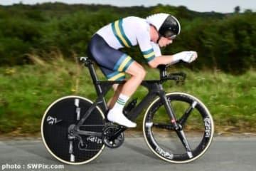 世界選個人TTを連覇したオーストラリアのデニス (photo : SWPix.com)