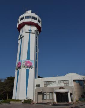 全面復旧した大野潮騒はまなす公園「宇宙展望塔」=鹿嶋市角折