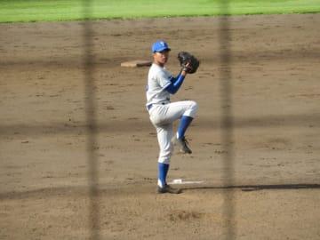 怪我から復帰後、中継ぎとして好投を続ける田中(理Ⅰ・2年)(写真は軟式野球部提供)