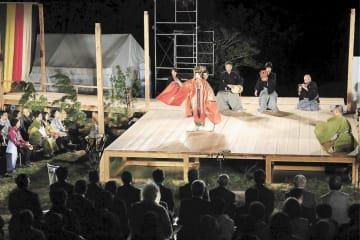 約160年ぶりに福島県葛尾村で上演された能「羽衣」