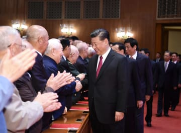 北京で新中国成立70周年祝賀大型文芸の夕べ 習近平氏ら鑑賞