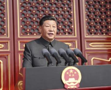 習近平氏、「平和統一、一国二制度」方針の堅持を強調 70周年祝賀大会で