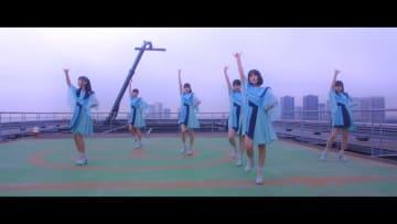 PiXMiX、メジャーデビューSG「その先へ」MVフル解禁「初めて演技にチャレンジした私たちをぜひご覧ください!」