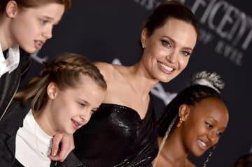 『マレフィセント2』ワールドプレミアに子供たち同伴で出席したアンジェリーナ・ジョリー - Axelle / Bauer-Griffin / FilmMagic / Getty Images