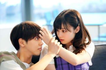 ドキドキシーン連発! - (C)2019映画『午前0時、キスしに来てよ』製作委員会