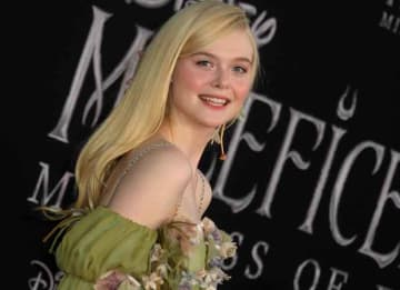 Elle Fanning Channeled Her Character At The 'Maleficent: Mistress of Evil' Premiere