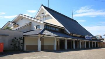 橿原神宮前駅 写真:Pixta